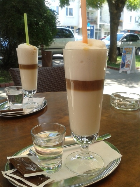 Cafe latte!